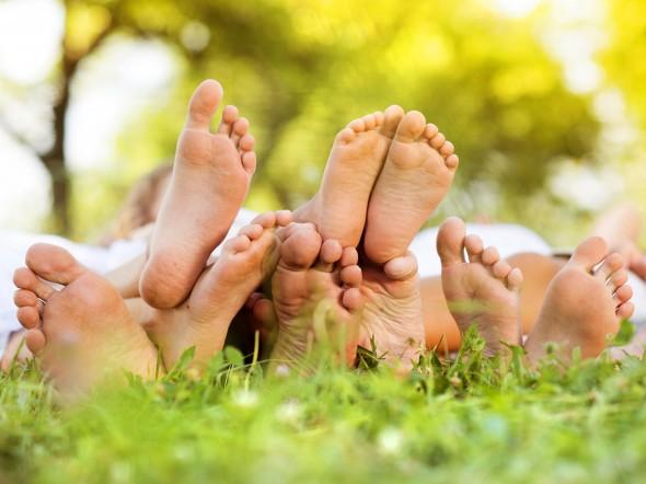 camminare-piedi-nudi-bobux